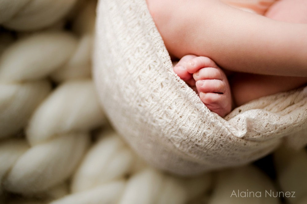 AlainaNunezPhotography.Annalise.Newborn-7