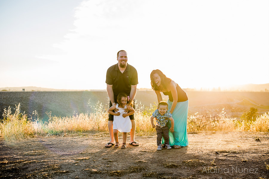 AlainaNunezPhotography.Sunset.Family-29