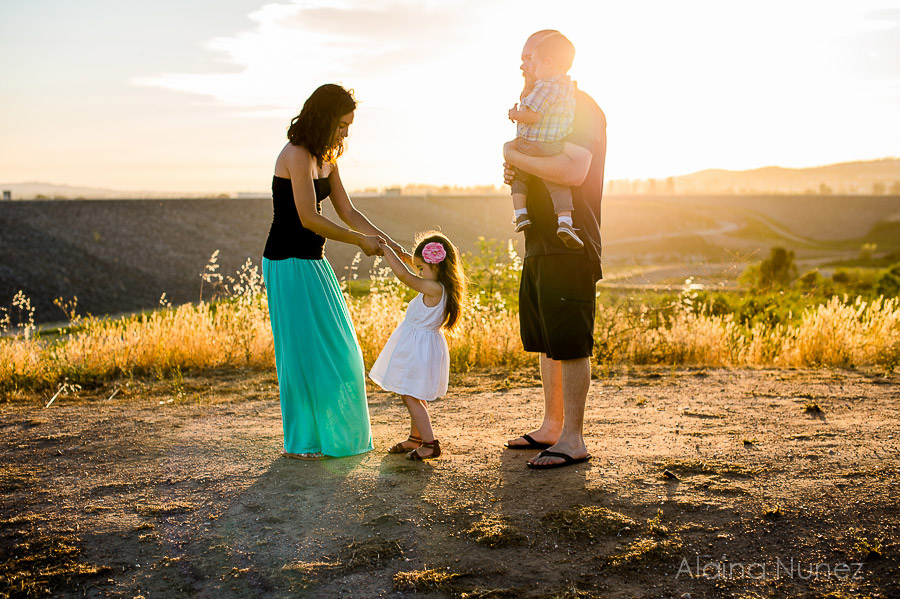 AlainaNunezPhotography.Sunset.Family-3