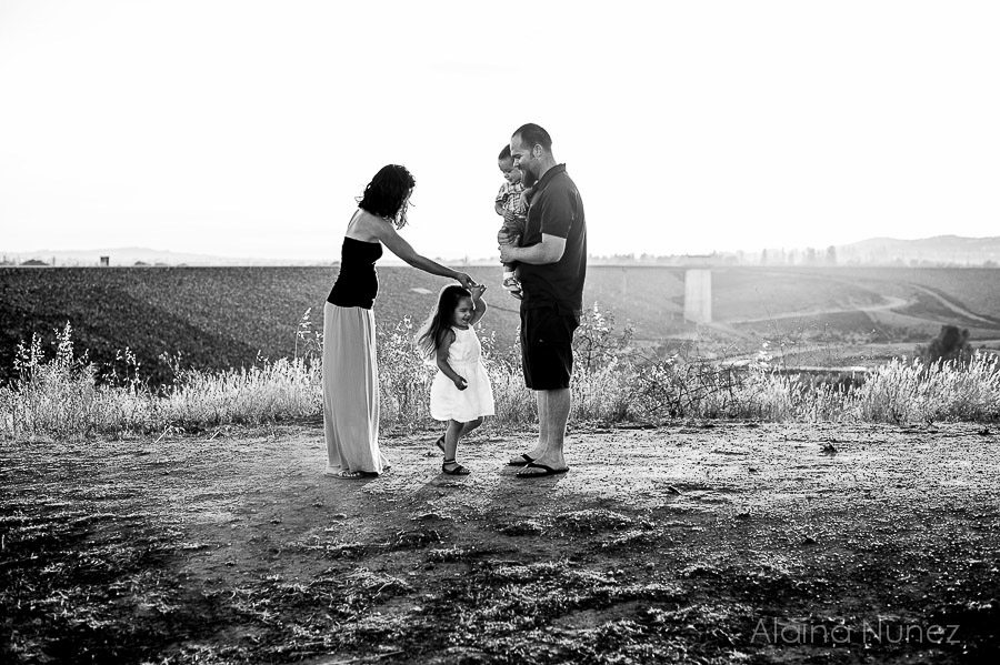 AlainaNunezPhotography.Sunset.Family-5