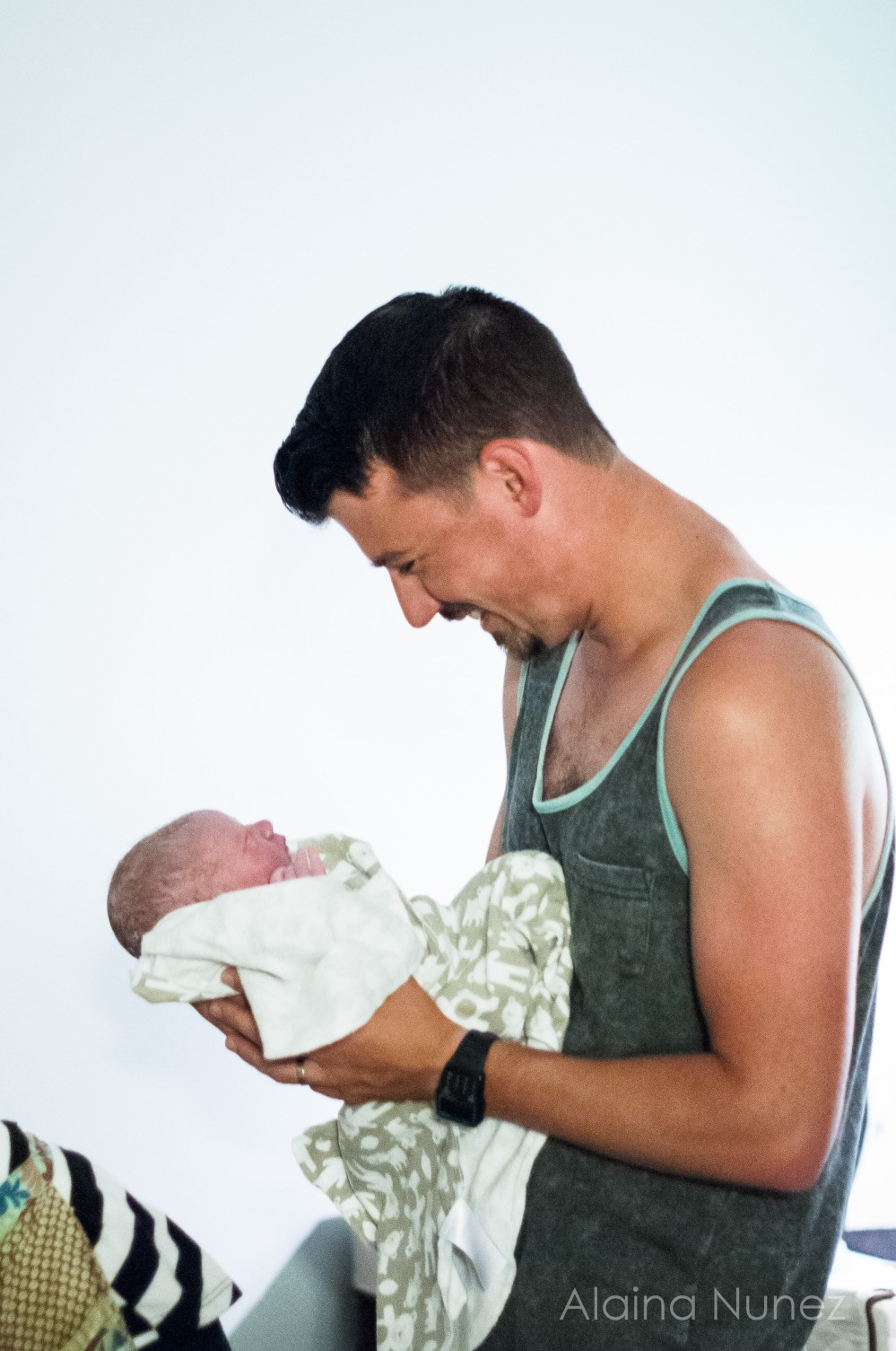 AlainaNunezPhotography.Ezra.Birth-8