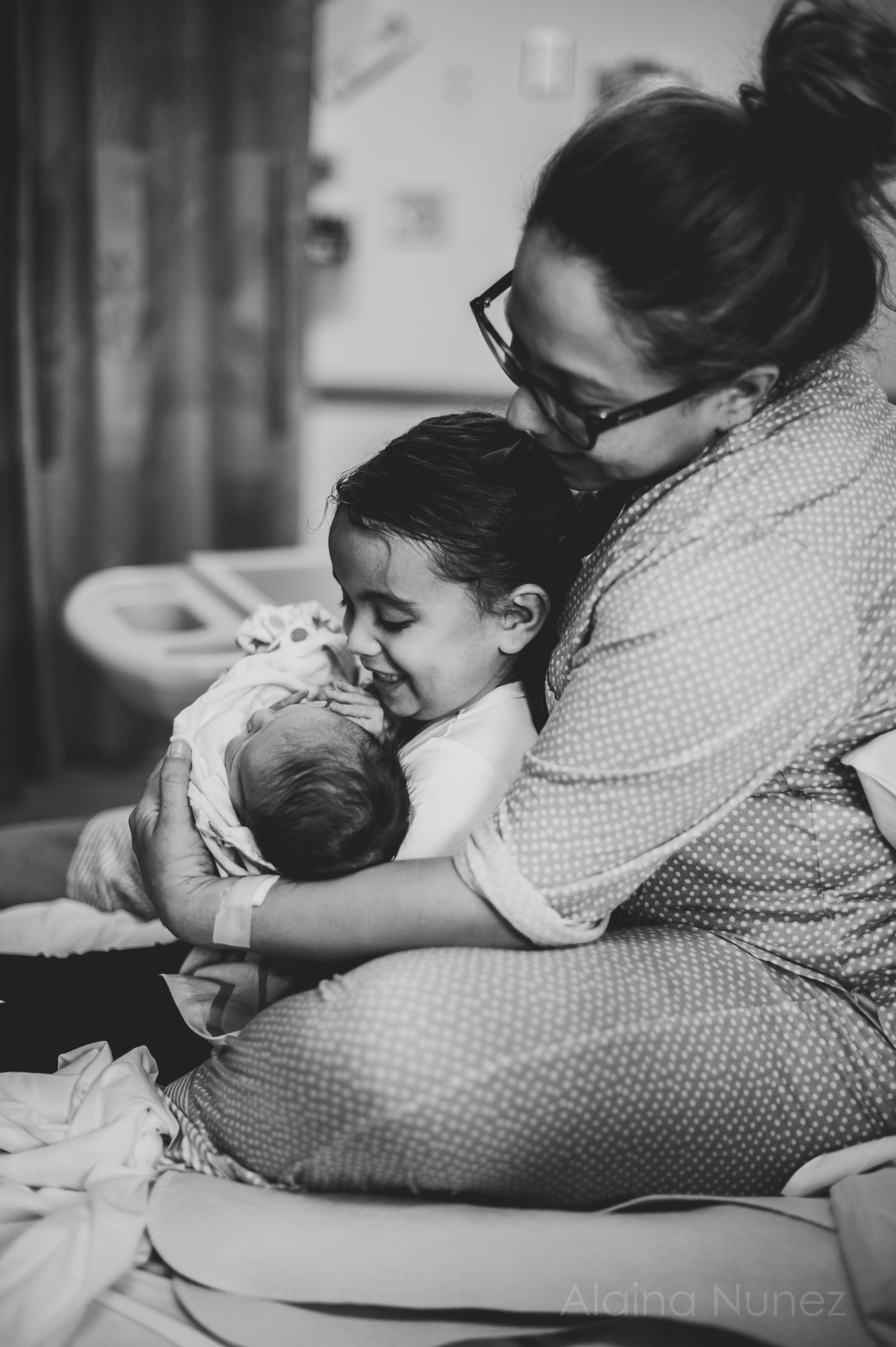 alainanunezphotography.birth.freshbaby-136