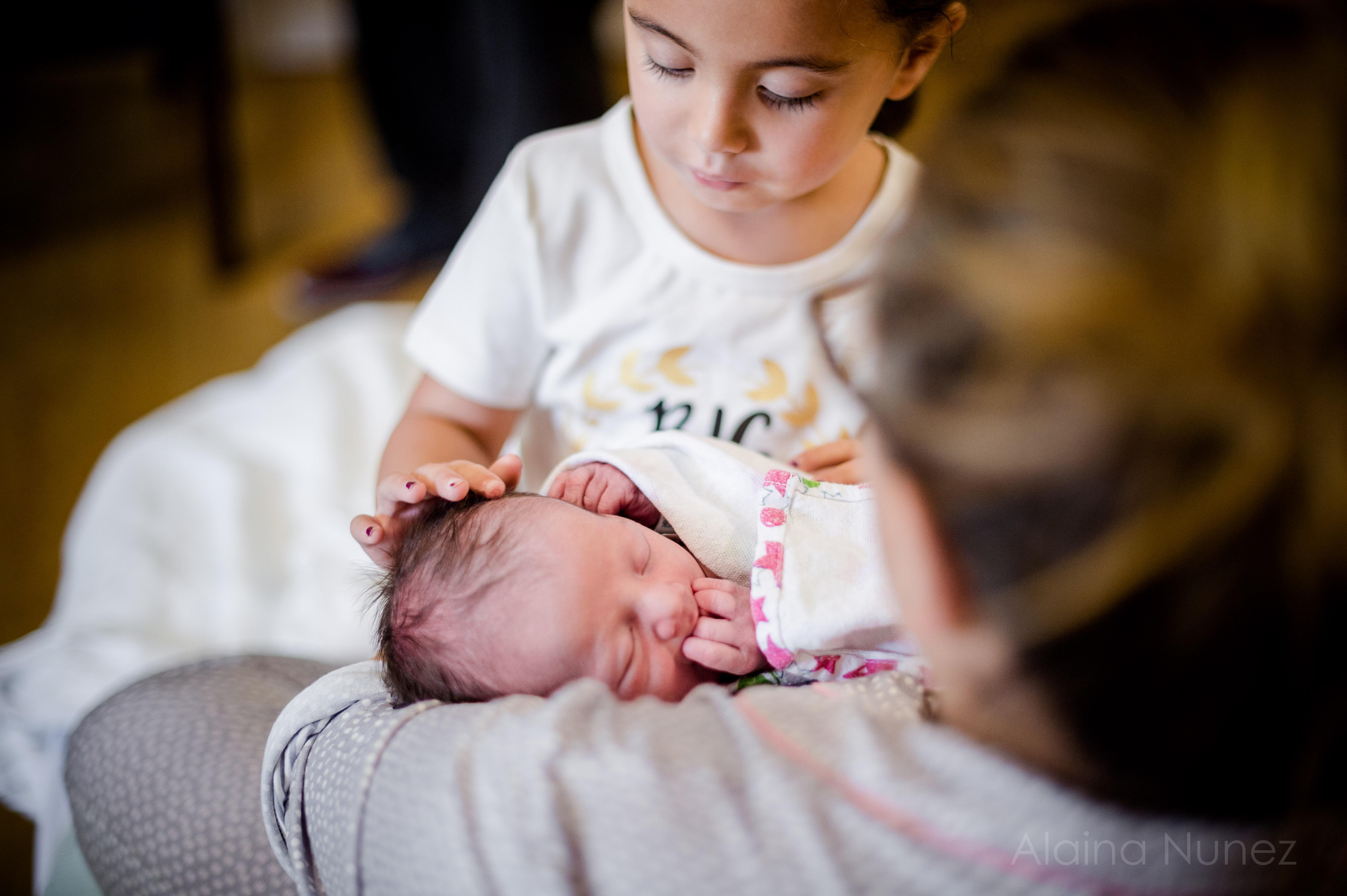 alainanunezphotography.birth.freshbaby-150
