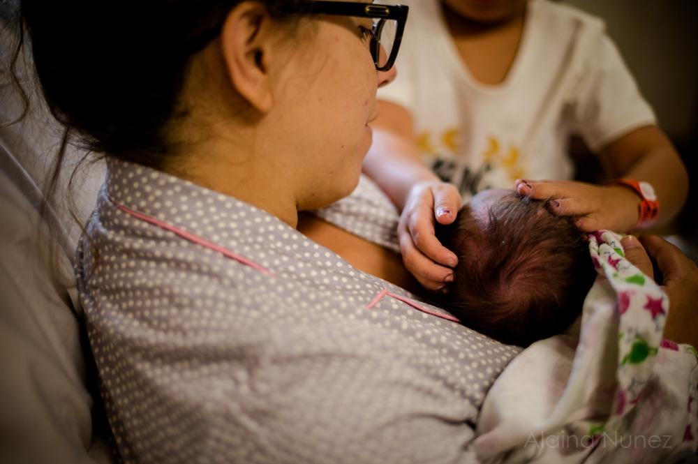 alainanunezphotography.birth.freshbaby-170