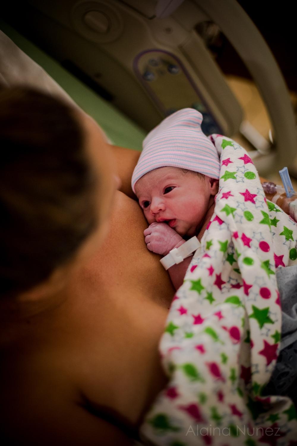 alainanunezphotography.birth.freshbaby-42