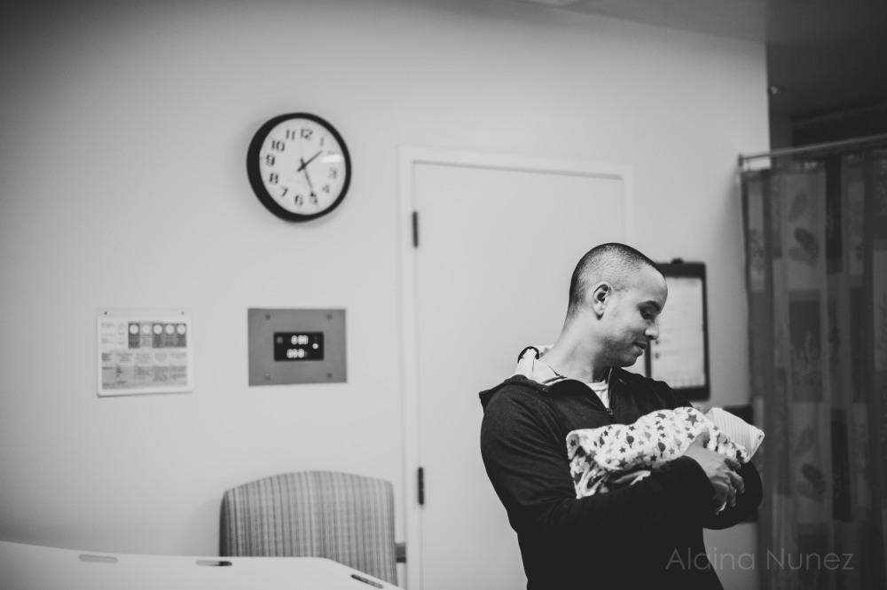 alainanunezphotography.birth.freshbaby-89